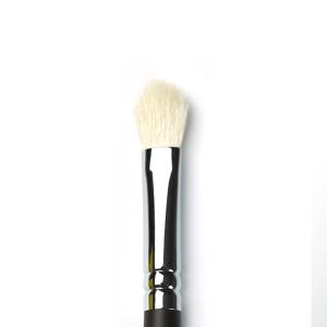 SL59033 - Fluffy Blending Brush - Stageline